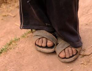 dust-feet2